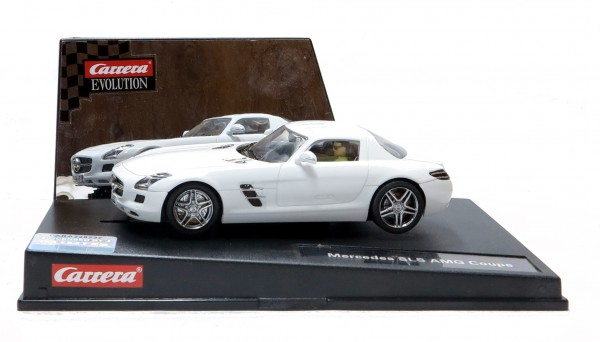 Carrera Evolution Mercedes SLS AMG Coupe, weiss